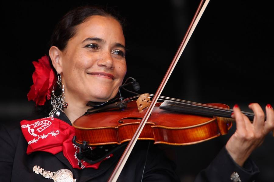 Sol y Luna mexicaanse muziek in Efteling