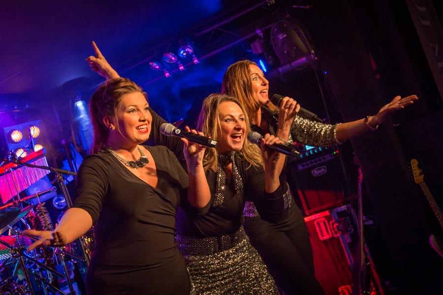 superfly-partyband zangeressen