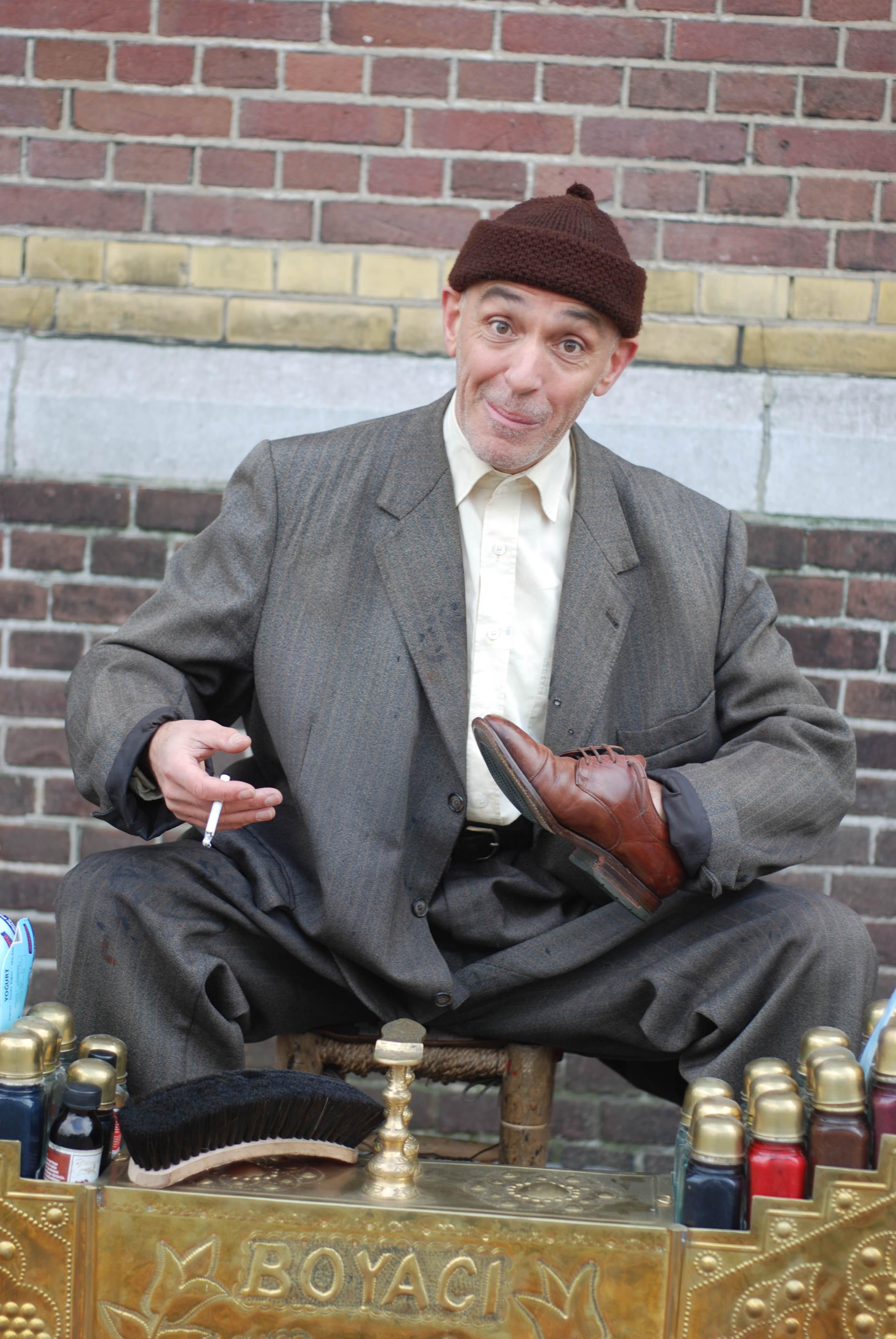 Turkse schoenpoetser 6