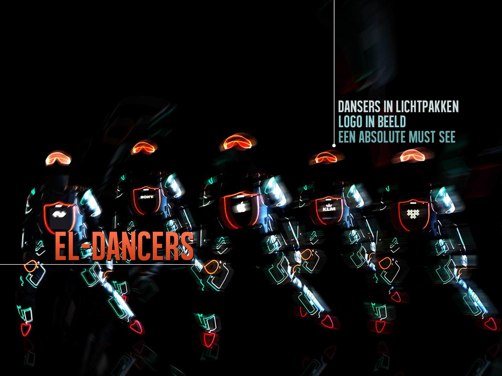 EL Dancers Openingsshow met logo op het pak