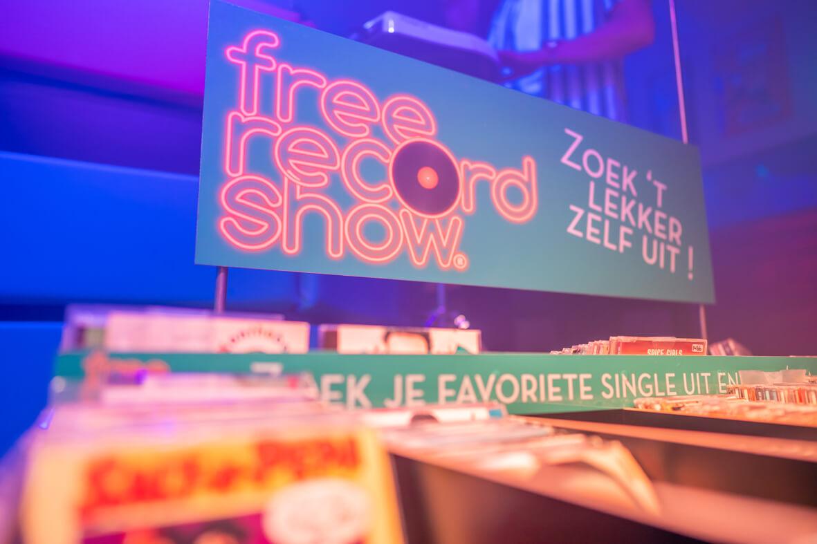 Platenbakkenin Free Record Show