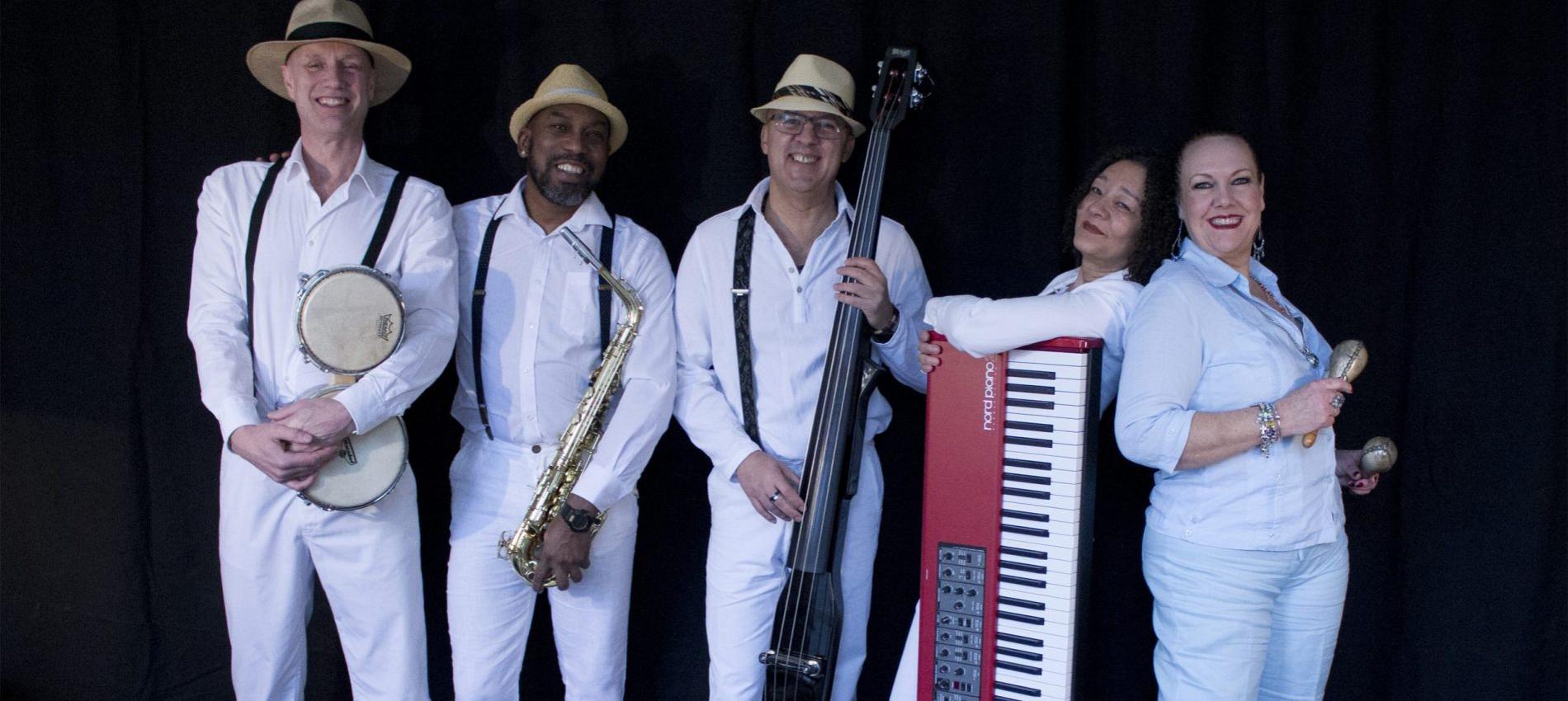 Cubaans Delia Y Su Tumbao