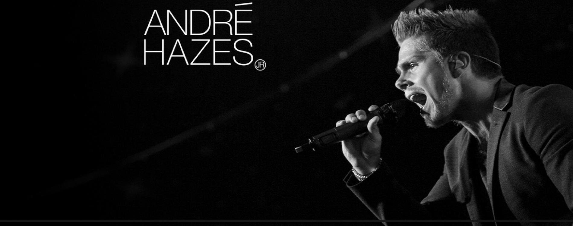 Bekende zanger André Hazes zingend